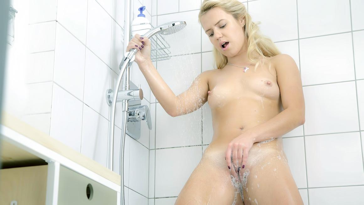 Hidden Shower Cam Masturbation